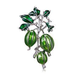 Chinese  New Enamel Green Olives Brooches Women And Men's Alloy Plant Brooch Pins Girls' Hat Bag's Broche Gift manufacturers