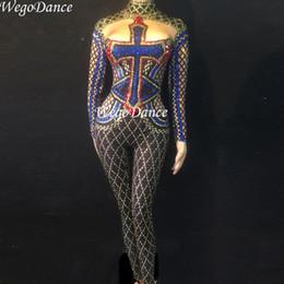 8072d1c7d Novas Mulheres Sexy Stage Big Rhinestones Macacão Glisten Bodysuit Dança  Traje Aniversário Comemorar Cantor Dança Noite Bodysuit