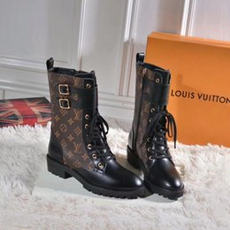 Роскошные женские ботинки зимние теплые на открытом воздухе на шнуровке дизайнерские ботильоны для женщин женские на низком каблуке с плоскими носками на Распродаже