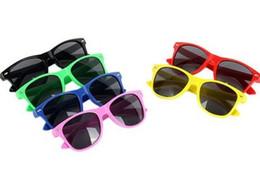 a021889f3d Marca de moda para niños Gafas de sol Niño Gafas de sol negras  Anti-ultravioleta Bebé Gafas de sol Gafas de sol Girl Boy Sunglass