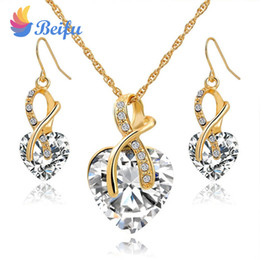 Wholesale Fashion Vintage Trendy Stylen Heart Stones Pendant Necklace Earring Wedding Jewelry Set for Women Gold Color Chain Decoration