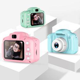 Vente en gros 3 couleurs Enfants Caméra Enfants mini appareil photo numérique Cartoon Cam 8MP jouets Appareil photo reflex pour cadeau d'anniversaire écran 2 pouces Prendre une photo M1263