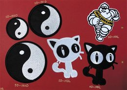 Armband Jacket Australia - 8P-27 Hot sale Yin yang embroidered patches iron on patch Armband black white cat Army patch for jacket cap accessories