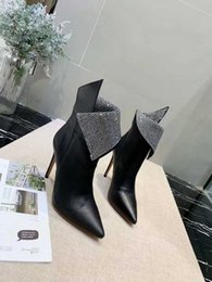 $enCountryForm.capitalKeyWord Australia - Fashion Designer Shoes Women Boots Leather Best Quality Star Trail Ankle Boots With Heavy-duty Soles Leisure Lady Thin Heel Shoe