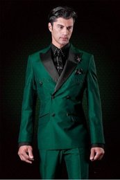 images fashionable suits Australia - New Fashionable Double Breasted Dark Green Wedding Groom Tuxedos Peak Lapel Groomsmen Men Suits Prom Blazer (Jacket+Pants+Tie) 051