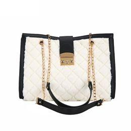 European Fashion Female Big Tote Bag 2019 Winter New Quality Soft Plush  Women s Designer Handbag Lock Chain Large Shoulder Bags 2ebf37005e895