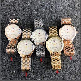 Wholesale Ultra thin rose gold female diamond watch fashion trend female dress folding buckle wristwatch for girls gift