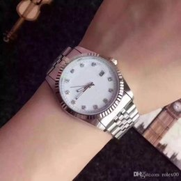 $enCountryForm.capitalKeyWord Australia - 2019 Quality Diamond Daydate Designer Watches New Luxury Fashion Brand Product In Men And Women Date New Steel Clock Quartz Watches For Men