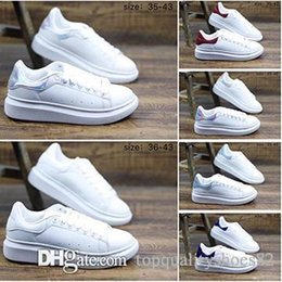 Chinese  Designer Casual For Women Men Sneakers White Leather Platform Flat Casual Party Wedding Shoes Trendy designer sneakers Size 36-40 manufacturers