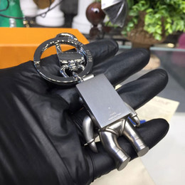 venda por atacado pingente de saco de moda cadeia senhora, caixa de alta qualidade chave de liga de cadeia mais recente chave Projeto do astronauta moda marca de carro 2020 L chave VIP correspondência cadeia