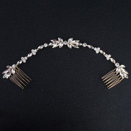Rose gold cRystal haiR accessoRies online shopping - 2019 Chic Vintage Wedding Comb Crystal Headband Floral Bridal Headwear Hair Crown Crystals Handmade Bridal Accessories Hair Jewelry