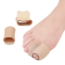 toe corn protectors NZ - Cushion Bunion Hallux Valgu Overlapping Toe Corns Pads Silicone Gel Finger&Toes Protector Separator Insoles for
