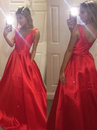 Modern designs photo online shopping - Red Evening Dress Party Long Formal Dress Prom Gown Party with Train Zipper Back Plus Simple Design