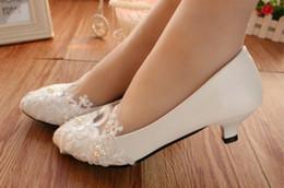 $enCountryForm.capitalKeyWord NZ - White Women Pumps Fashion Pointed Shoes Low Heel Wedding Shoes Autumn Spring Block Heels Lace Bridal Shoes For 3Cm 5Cm 8Cm