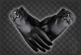 Leather Baseball Gloves NZ - Wholesale Mens Luxurious PU Leather Winter Super Driving Warm Gloves Outdoor Cashmere Motorcycling Cycling Gloves Black And Coffee H916R