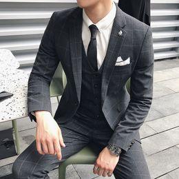 $enCountryForm.capitalKeyWord Australia - Business Casual Suit Men's Body Slimming Korean Style Handsome Hair Stylist Three-Piece Suit Men's Plaid Best Man