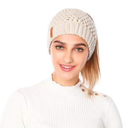 $enCountryForm.capitalKeyWord Canada - Knitted Ponytail Beanie Solid Adult Crochet Hat Winter Caps Women Skullies Beanies Warm Skullies Caps LJJO7091