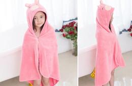 f7ca871325 2017 Kids Animal Bathrobe Toddler Girl Boy Baby Cartoon Pattern Towel  Hooded Bath Towel Terry Wrap Bath Robes