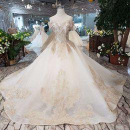 $enCountryForm.capitalKeyWord Australia - 2019 Libanon Crystal Tassel Wedding Dresses Short Sleeve Sweetheart Neck Lace Up Back Wedding Gowns Exquisite Applique Garden Bridal Gowns