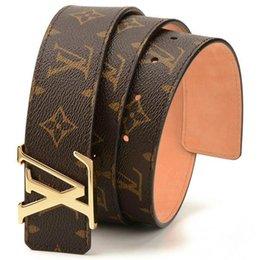 China 2019 Hot Sale New Designer Famous Luxury Belts Men Women Belts Male Waist Strap Genuine Leather Alloy Buckle Belt For Gift. cheap leather belts men suppliers