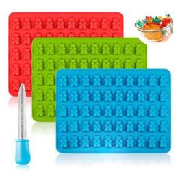 Vente en gros 50 trous ours silicone bonbons oursons moule en forme de moule de chocolat doux avec Stilligouttes Ice Cube Tray moule Stilligouttes doux bonbons Moisissures BH3064 TQQ