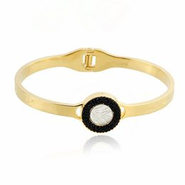 China luxury designer jewelry women rings luxury brand bracelet Titanium steel shell bracelets Spring Bracelet supplier women silver ring bracelet set suppliers