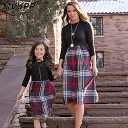 dresses for mothers daughters match Australia - plaid mother daughter dresses for mommy and me matching clothes family look outfits mom girl dress vintage long mom christmas LY191220