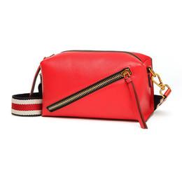 $enCountryForm.capitalKeyWord Australia - Belle2019 Hit Pillow Color Straps Head Layer Cowhide Genuine Leather Camera Package Women's Bag
