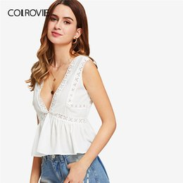 $enCountryForm.capitalKeyWord NZ - Colrovie Plunging V-neckline Lace Trim Frill Hem Top 2018 New White Contrast Lace Ruffle Hem Women Top Deep V Neck Crop Vest Q190426