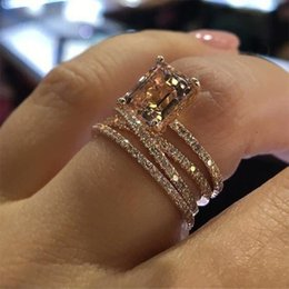 $enCountryForm.capitalKeyWord Australia - 14K rose gold inlaid shiny champagne square zircon crystal ring European and American fashion multi-layer female engagement ring