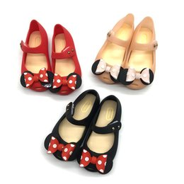China Children's bow high elastic jelly sandals female middle and small child fish mouth princess beach shoes magic stickers single shoes cheap fish mouth high heels shoes suppliers