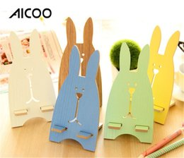 Wholesale AICOO Cartoon Cute Mobile Phone Kickstand Universal Wooden PP Material Rabbit Bear Phone Holder for iPhone Samsung Retail Package