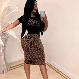 06a9bdbdb70 Женские платья с коротким рукавом с двумя буквами для печати Лоскутное  тонкое облегающее платье Коктейльное платье для вечеринки с принтом На  продажу ...