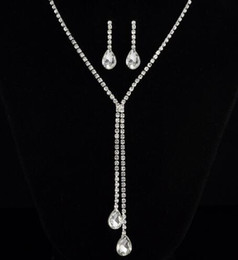 Dinner Party Accessories NZ - free shipping New bridal accessories earrings necklace set deep V wedding dress necklace dinner party accessories fashion classic delicate e