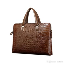 $enCountryForm.capitalKeyWord NZ - New crocodile pattern leather men bag horizontal and horizontal section handbag business briefcase casual shoulder Messenger