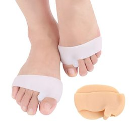 silicone pads feet UK - 2Pcs Nursing Care of SEBS silicone Hallux Valgus Split Toe Front Pad Big Foot Bone Separator Shoe Accessories Insoles