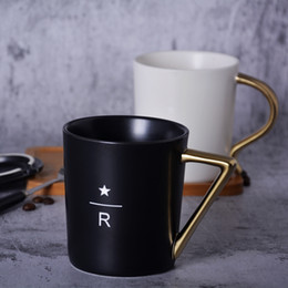 Starbucks Coaster Australia - Classic Starbucks Style letter R relief Gold Handle Mug balck & white Ceramic coffee cup 350ml with Golden spoon Wooden lid Coaster