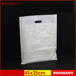 $enCountryForm.capitalKeyWord UK - 100x Plastic bags custom made clothing bag with hanlde flat shopping bag 45 * 35CM customized LOGO printing