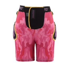 $enCountryForm.capitalKeyWord Australia - LGFM-Propro Man Women Protective Hip Padded Shorts Coccyx Protect Gear Bike Skating Ski Skateboarding Extreme Sport Armor Shor