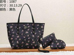 $enCountryForm.capitalKeyWord Australia - 2019 women designger handbags crossbody messenger bags good quality leather simple fashion classical style handbags Dorp shipping tags A007