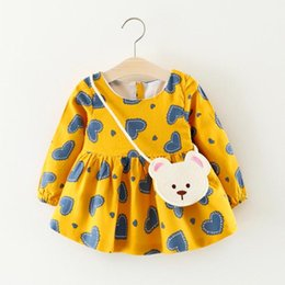 China Baby Girls Clothes Lovely Sweet Style Flowers Round Neck Long Sleeve Dress Girls Dresses Suitable For 0-3 Years suppliers