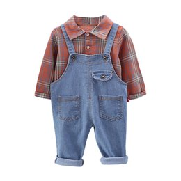 $enCountryForm.capitalKeyWord Australia - Baby Boy Clothes Classic Plaid Pattern Pocket Decoration Boy Sets Casual Style Shirt Bib Pants Two-piece Children's Sets 1-5T