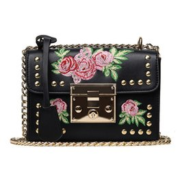 $enCountryForm.capitalKeyWord NZ - Messenger Bag Women Bags For Women 2019 Women Leather Handbags Embroidery Flower Ladies Hand Cross Body Bags Bolsa Feminina