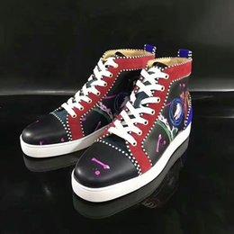 NOVO tênis de grife sapato de fundo vermelho baixo corte camurça spike sapatos de luxo para homens e mulheres sapatos de festa de casamento de couro de cristal sneakers35-46 venda por atacado