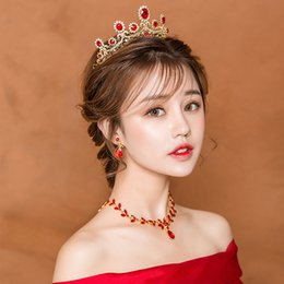 bridal jewelry set necklace earrings tiara NZ - 3pcs set Wedding Jewelry Set Retro Red Rhinestone Queen Tiara Bridal Necklace Earrings Jewellery Women Evening Party Headbands