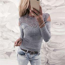 $enCountryForm.capitalKeyWord NZ - Lace Crochet Long Sleeve T-Shirt Spring Women Fashion Pink Gray Cold Shoulder T Shirt Female Casual Slim Fit Top Tee 6Q0593