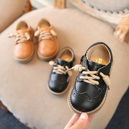 korean rubber shoes boys NZ - Autumn Spring Kids Wedding Shoes Genuine Leather Anti Slip School Boys Shoes Korean Version Of The British Style 1-8 Years Old Y19051602