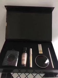 Chinese  Famous Exclusive makeup set lipstick+ bb cream +foundation+mascara+eyeliner+Perfume 90ML 6pcs kit with Gift Box manufacturers