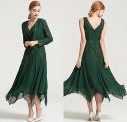 tea length evening dresses jackets Australia - 2019 Dark Green Chiffon Mother of Bride Dresses With Jacket Appliqued Beaded Tea Length Ruched V Neck Vintage Evening Formal Dresses Women