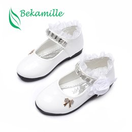Girls Lace Shoes Australia - Bekamille Flower Girls Shoes Spring Autumn Princess Lace PU Leather Shoes Cute Bowknot Rhinestone For 3-11 Ages Toddler